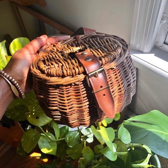 Vintage Handbags - Vintage Summer Afternoon Creel Wicker Basket Purse
